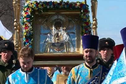 В Благовещенске более тысячи православных отметили 350-летие Албазинской иконы