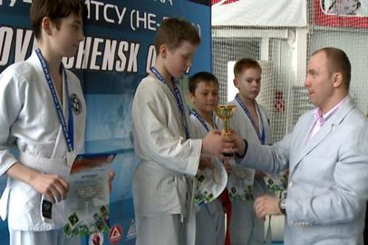 Рекордное число дальневосточных джуистов сразились на турнире в Благовещенске