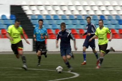 Проходят последние игры в рамках городского первенства по футболу «Подснежник»