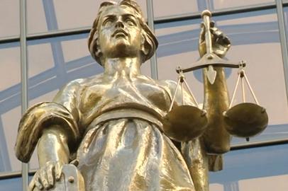 В крупных муниципалитетах должны появиться суды присяжных