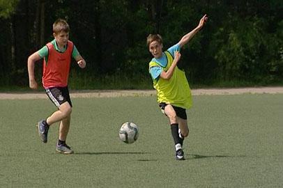 В Благовещенске отцы и их сыновья провели футбольный матч