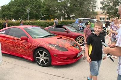 Шоу для любителей эксклюзивных авто организовали в Благовещенске