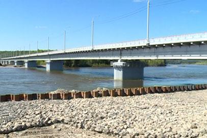 Движение по мосту через Селемджу стало круглосуточным