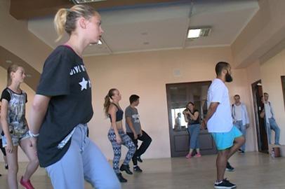 Топовый танцор из Санкт-Петербурга провел мастер-класс для благовещенцев