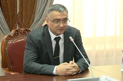 В амурском правительстве представили нового прокурора области Руслана Медведева