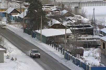 Выпавший в Тындинском районе снег усложнил ситуацию на федеральной трассе