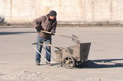 Амурских алиментщиков заставили бесплатно поработать