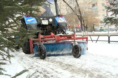 Снежный циклон осложнил дорожную обстановку в Приамурье