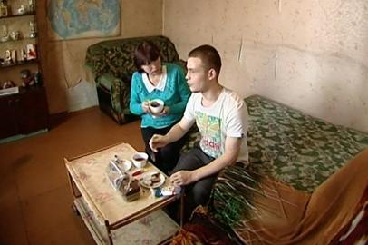 В Белогорске жильцы аварийного дома отказывались переезжать