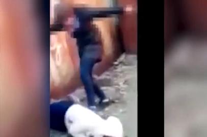 В Благовещенске полиция выясняет обстоятельства избиения школьницы группой сверстниц