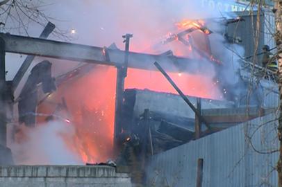 Склад пиротехники загорелся из-за неисправности электрооборудования
