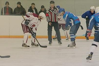 В Благовещенске завершается розыгрыш кубка города по хоккею