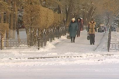 После обильного снегопада дороги Благовещенска превратились в каток