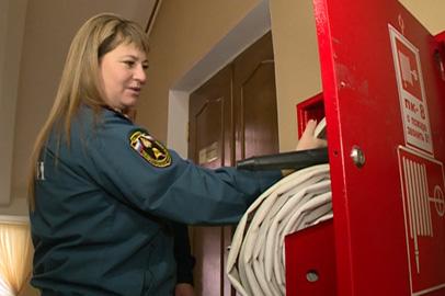 Места проведения новогодних утренников проверили на пожарную безопасность