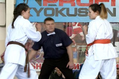 Лучшие каратисты Дальнего Востока встретились на чемпионате в Благовещенске