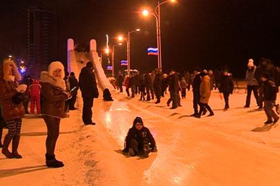 Завтра демонтируют большие горки в снежном городке на площади Ленина в Благовещенске