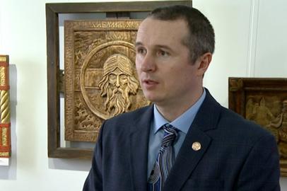 Благовещенский мастер Алексей Сидоров представил выставку к Дню защитника Отечества