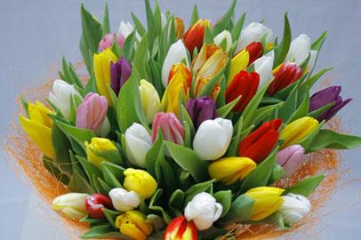 Цветы, внимание, предложение руки и сердца: чего хотят благовещенки 8 Марта