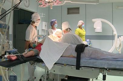 Микрохирурги детской областной больницы дарят радость движения амурчанам