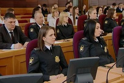 Амурские судебные приставы взыскали около 5 миллиардов рублей в 2016 году