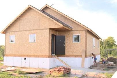 Сертификаты на строительство жилья получили молодые семьи из Благовещенского района
