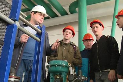 Для студентов Белогорска организовали экскурсию на маслоэкстракционный завод