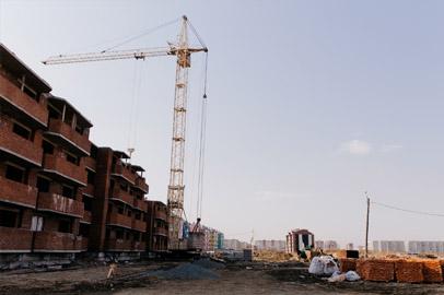 Александр Козлов проверил ход достройки многоэтажки «Городка» в микрорайоне Европейский