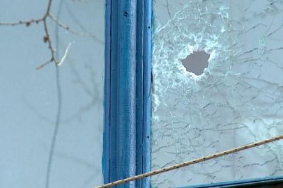 «Привокзальный стрелок» до нападения на полицейского устроил пальбу во дворе дома
