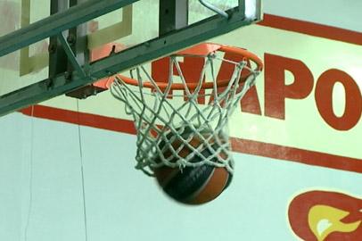 «Центр Ткани — Политехник» подтвердил лидерство в областном чемпионате по баскетболу