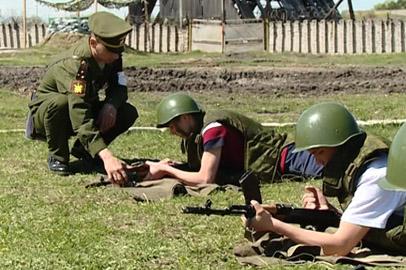 Белогорские старшеклассники проходят военизированные сборы