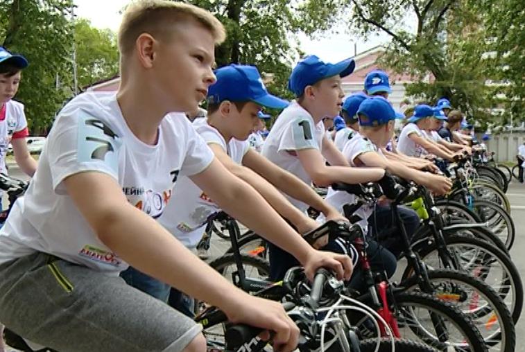 Юбилейная велогонка в Благовещенске собрала около 400 участников