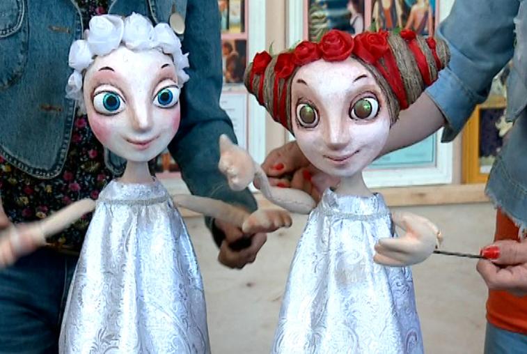 Над новым спектаклем амурского театра кукол работает художник из Петербурга