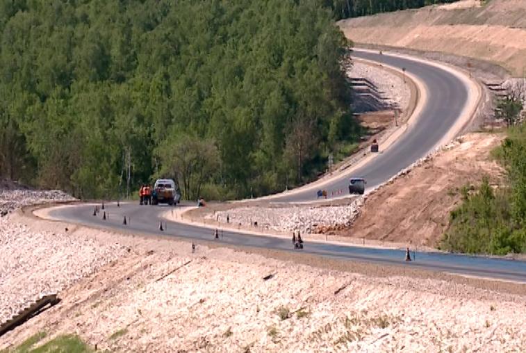 На свободненской трассе завершается реконструкция Москвитинского перевала