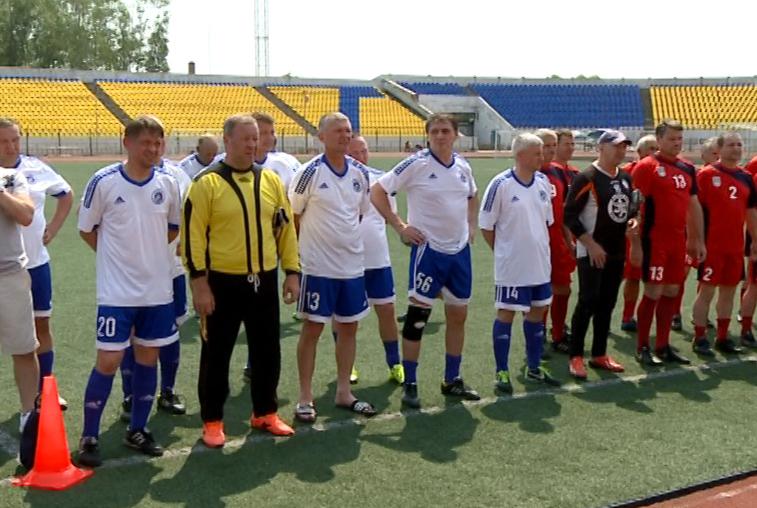 От 50-ти и старше: Ветераны дальневосточного футбола сыграли в Благовещенске