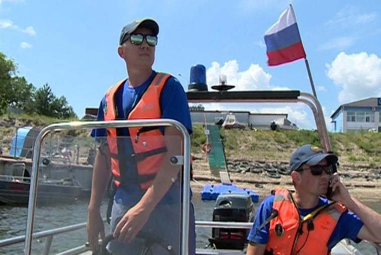 Спасатели: Беспечность отдыхающих на воде может привести  к трагедии