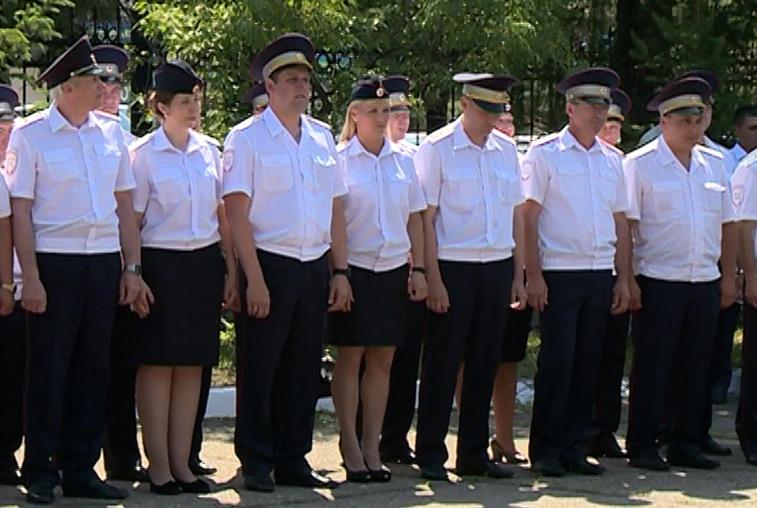 В Благовещенке поощрили лучших сотрудников ГИБДД