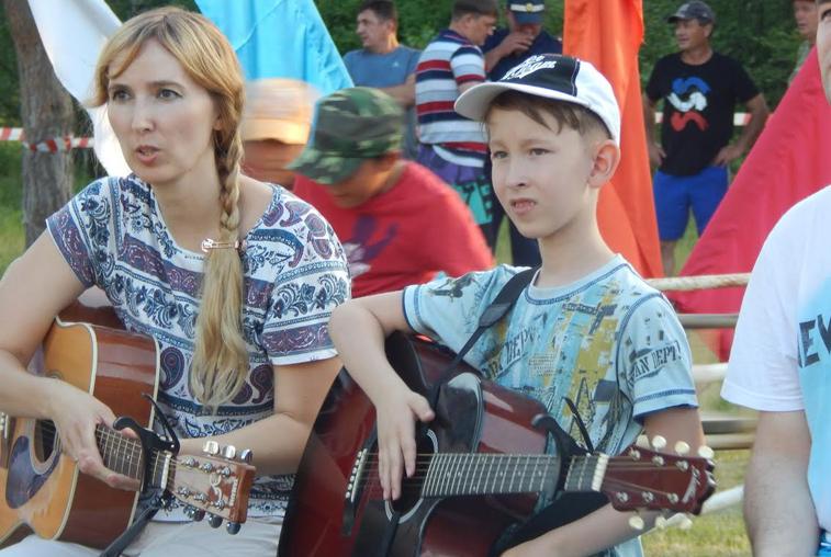 В Мазановском районе состоялся областной фестиваль гитарной песни «Встречи на Ульме-2017»