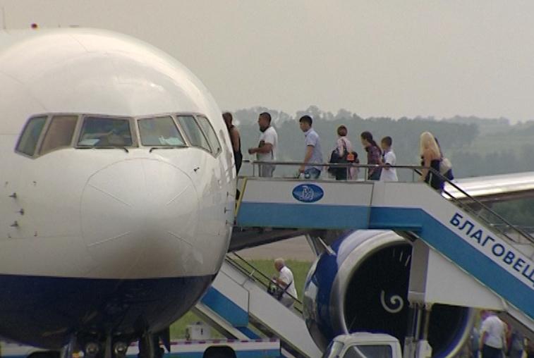 Амурские власти предложили ввести льготные авиаперелеты для всех дальневосточников