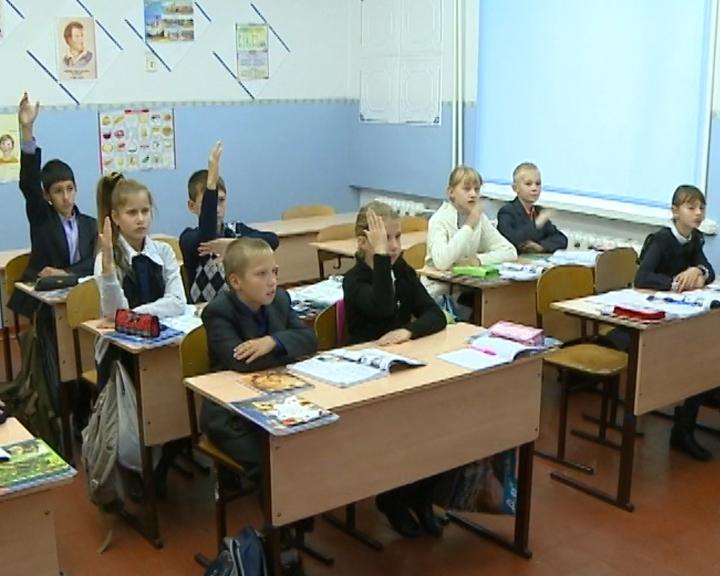 Педколлектив в школах области увеличится на 140 специалистов