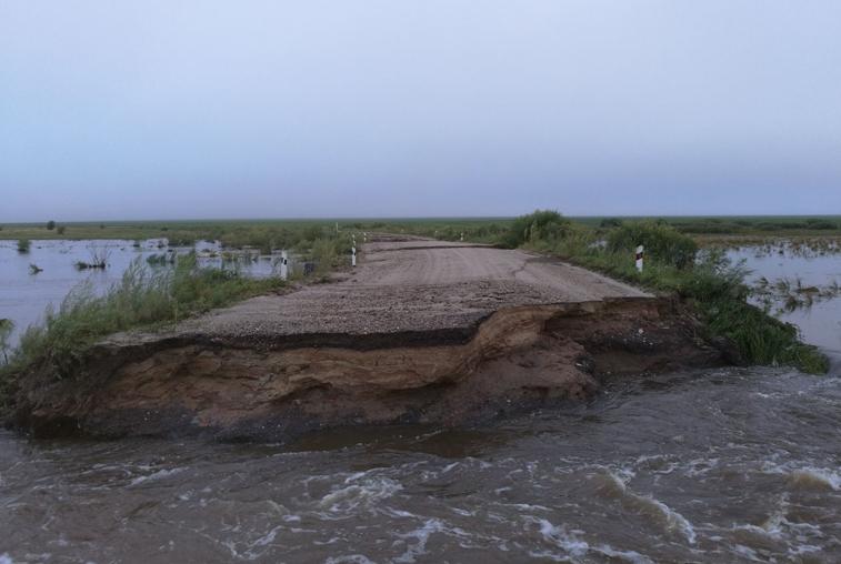 Подтопленные дома, размытые дороги и энергосбои: по Приамурью  прошелся циклон