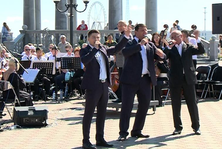 Совместную программу представили оркестры Благовещенска и Хэйхэ