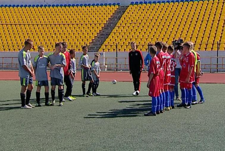 Воспитанники детских домов и интернатов Приамурья поучаствовали в турнире по мини-футболу