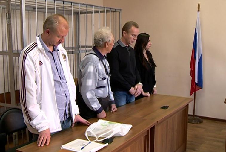 Бывшие руководители амурского УФССП получили условные сроки