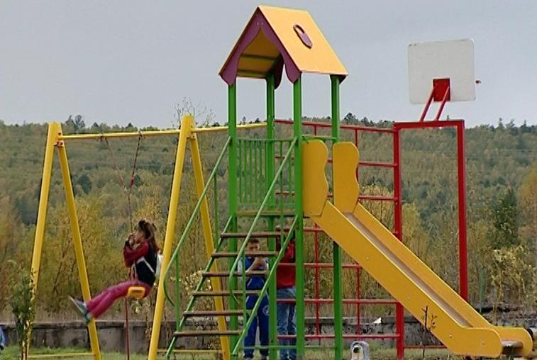 В сковородинских поселках установят детские площадки