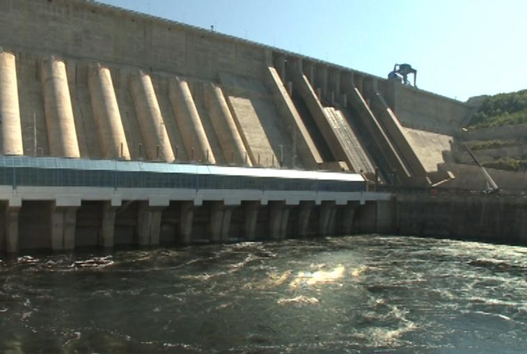 Бурейская ГЭС прекратила холостые сбросы воды
