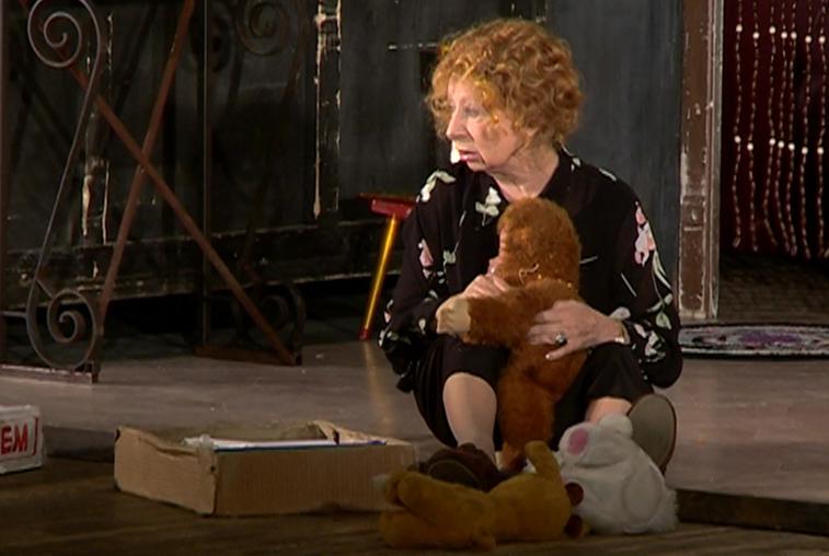 На постановке «Мой внук Вениамин» с Лией Ахеджаковой зрители смеялись и плакали