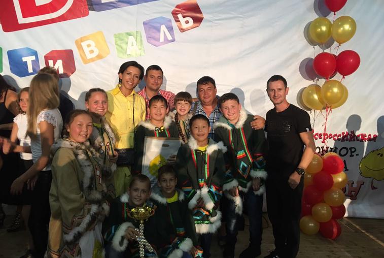 Команда КВН из Усть-Нюкжи станет участницей детский лиги