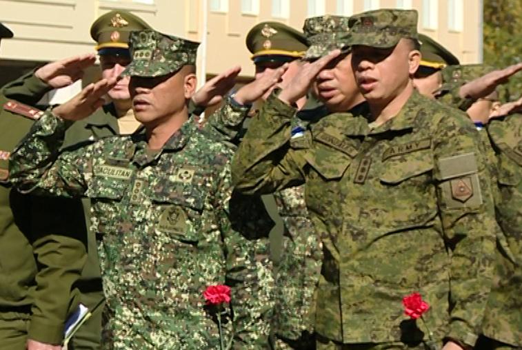 Военнослужащие с Филиппин познакомятся с особенностями обучения в ДВОКУ