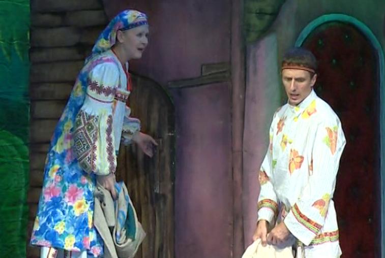 Приморские зрители тепло принимают спектакли Амурского драмтеатра