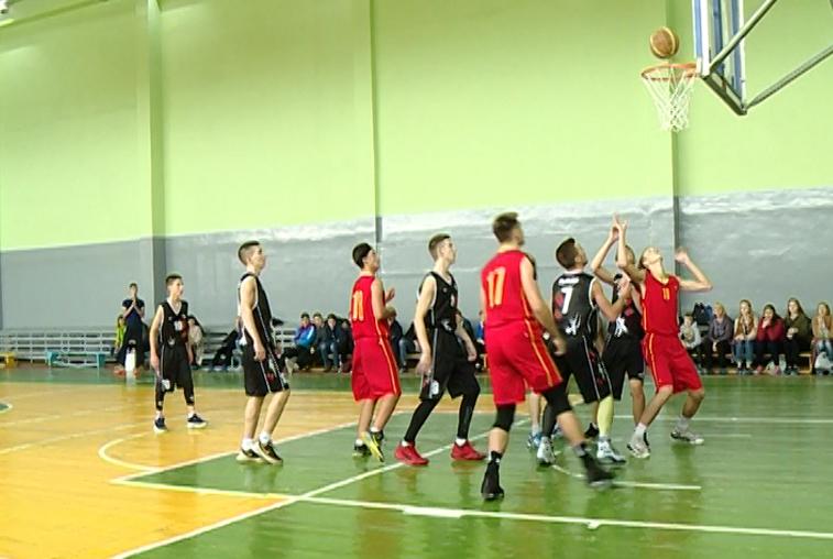 В Приамурье определились победители первенства области по баскетболу